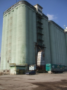 Siloz pentru cereale si Fabrica de nutreturi combinate - Codlea