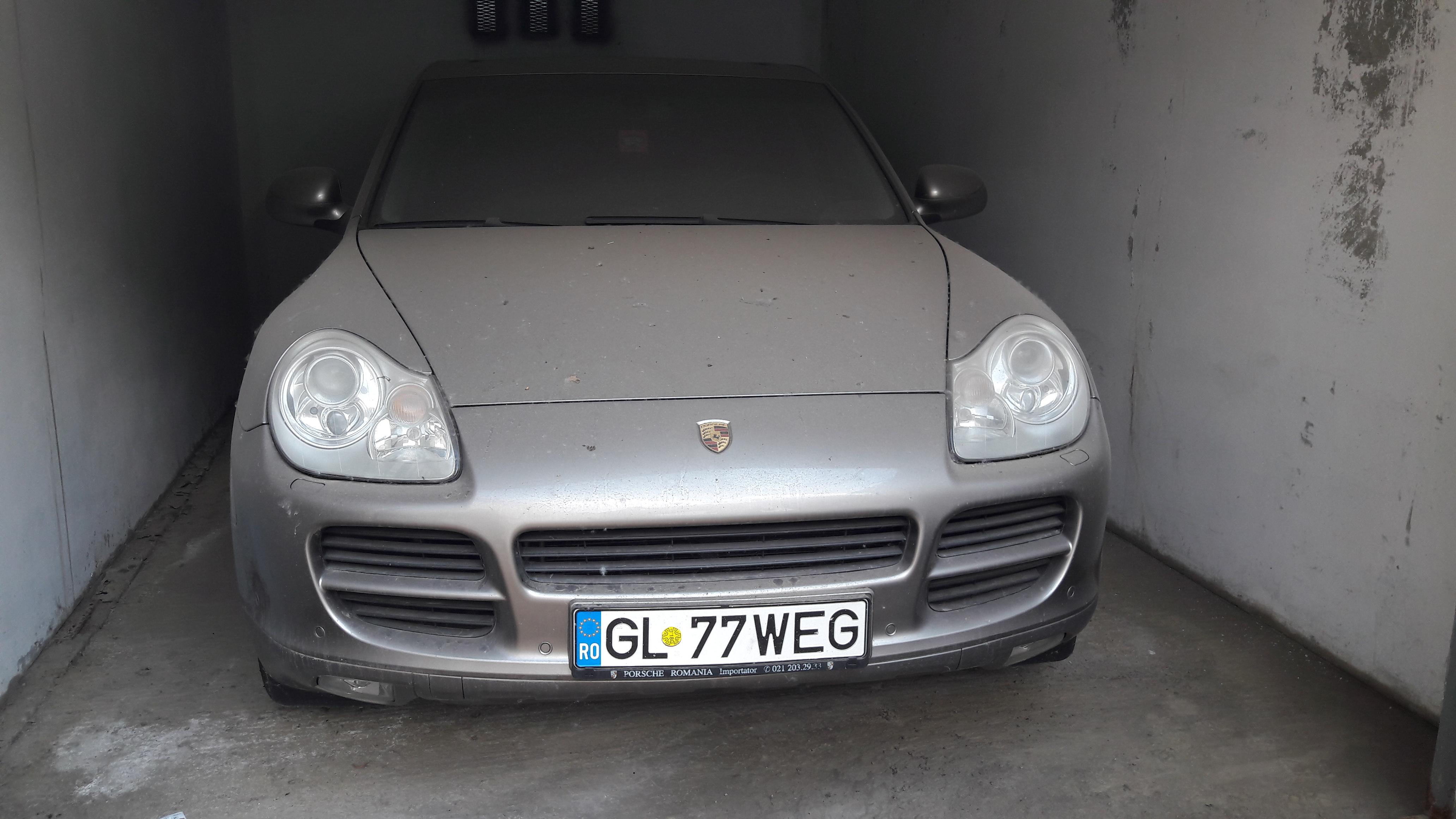 Autovehicul SUV Porsche Cayenne - GL 77 WEG