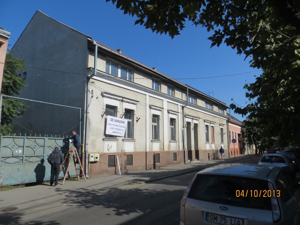 Cladire birouri - central, (fost sediu Petrom)