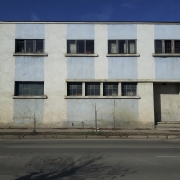 Teren 650 mp + constructii (arhiva, cladire transport, chiosc paine, cabina) 411 mp