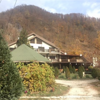 Pensiunea Valahia, situată în Brezoi, sat Pășcoaia, pct. Lunca Calului,jud. Vâlcea