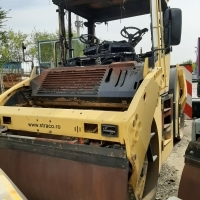COMPACTOR VIBRATOR IN TANDEM BOMAG