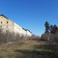Teren intravilan cu construcții industriale în Ghimpati, județul Giurgiu