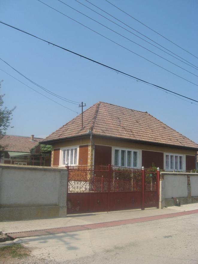 Casa cu teren situata in Craciunesti nr. 226 (identificat la nr.99), jud. Mures