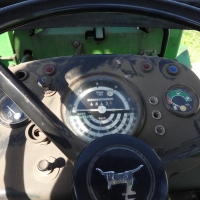 Agricultural tractor JOHN DEERE