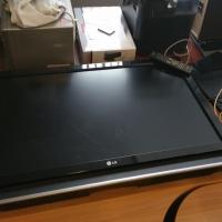 Televizor LCD LG, diagonala cca. 139 cm